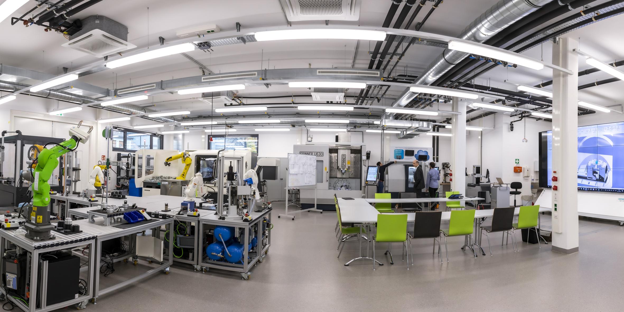 smartfactory@tugraz startet den Vollbetrieb mit 5G Campus-Netzwerk von Magenta Telekom